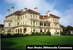 The Breakers mansion in Rhode Island was finished in 1895. It has 70 rooms and was influenced by Italian palaces.