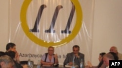 İctimai Palata korrupsiya problemi ilə bağlı ictimai dinləmə keçirib