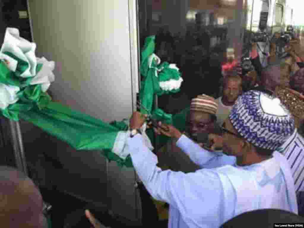 KADUNA:Shugaba Buhari ya kaddamar da tashar tekun kan tudu