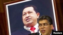 El vicepresidente de Venezuela, Elías Jaua, confirmó el llamado al embajador en España a consultas en Caracas.