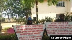 Amalunga ebandla leMthwakazi Republic Party atshengisela koLoliwe