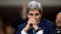 ລັດຖະມົນຕີ ຕ່າງປະເທດ ສະຫະລັດ ທ່ານ John Kerry ໃຫ້ການ ກ່ຽວກັບຂໍ້ຕົກລົງນິວເຄລຍອີຣ່ານ ຕໍ່ຄະນະກຳມະການ ສະພາສູງ.