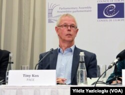 AKPM Delegasyonu Başkanı Tiny Kox