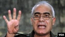 Jenderal Mahmoud Shaheen, anggota dewan militer yang berkuasa di Mesir.