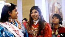 Američki indijanci i danas s ponosom poštuju svoju tradiciju.