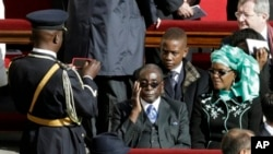 Zimbabwean President Robert Mugabe attends Pope Francis' inaugural Mass, the Vatican, March 19, 2013.