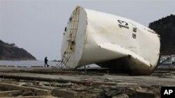 被地震海啸摧毁的日本东北部的女川市