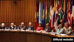 El embajador Joaquín Maza Martelli ya representó su país anteriormente ante la Organización de los Estados Americanos.