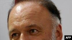 Андрій Курков: «Кожен український політик вважає, що політика – це вміння пристосовуватися»