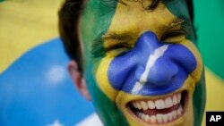 브라질 월드컵에서 자국팀을 응원하는 브라질 팬. (자료사진)