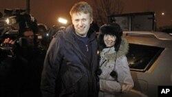 Алексей Навальный с супругой Юлей (архивное фото)