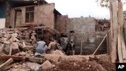 Casa numa aldeia paquistanesa na região que separa o país da Índia.