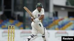 پاکستان نے دوسری اننگز 100 رنز دو کھلاڑی آؤٹ پر ڈکلیئر کردی تھی۔