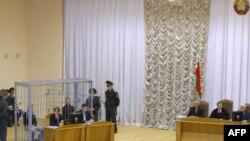Keçən il Minsk metrosunda bomba hücumları həyata keçirənlərin məhkəməsi başlayıb