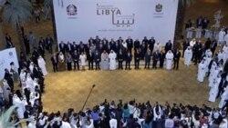 نمایندگان قدرت های جهانی که برای بحث درباره یک لیبی بدون قذافی در امارات متحده عربی جمع شده اند. ۹ ژوئن ۲۰۱۱