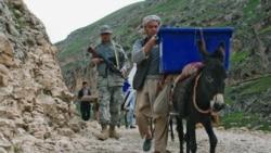 Ashraf G'ani Ahmadzay - Abdul Rashid Do'stum - Afg'oniston-Malik Mansur