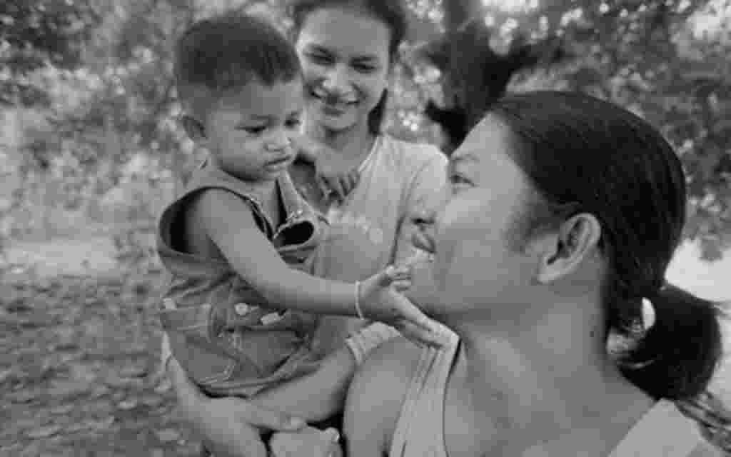 Sokheurm Man con su mujer e hijo, mayo 2007 Gervasio Sánchez