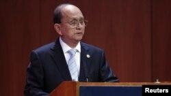 27일 뉴욕 '아시아 소사이어티'에서 연설하는 테인 세인 버마 대통령.