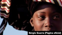 Angola, Mulher Jovem Hereros ou Muhimba