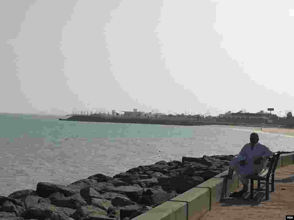 نمایی از ساحل خلیج فارس در شهر کویت