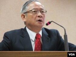 台湾执政党国民党立委林郁方10月31号于立法院 (美国之音 张永泰)