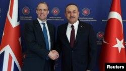 İngiltere Dışişleri Bakanı Dominic Raab Ankara'da Dışişleri Bakanı Mevlüt Çavuşoğlu ile görüştü