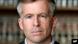 Sean Cox, juez de Detroit, EE.UU. falló contra Volkwagen.