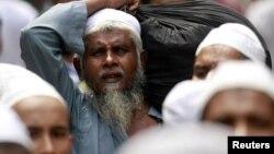 Một tín đồ Hồi giáo khiếm thị trong một cuộc biểu tình tại khu vực Chawkbazar ở Dhaka, Bangladesh, 26/9/2012