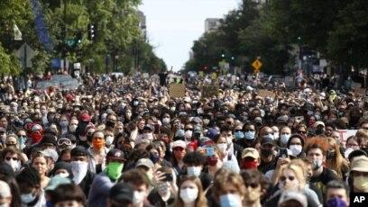 Протесты в США нарастают, несмотря на комендантский час