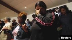 미국 동부 메릴랜드 주 볼티모어 시에서 27일 경찰의 부적절한 대응으로 사망한 것으로 알려진 흑인 청년 프레디 그레이의 장례식이 열렸다.