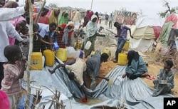 Un camp de réfugiés à Mogadiscio...La violence est l'une des causes de la famine en Somalie