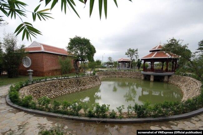 Khu tưởng niệm ông Nguyễn Bá Thanh, nơi có mộ của ông, tại Đà Nẵng