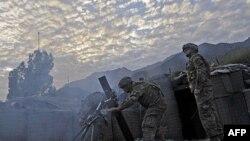 Binh sỹ Mỹ bắn vào quân nổi dậy trong tỉnh Kunar, 17/9/2011