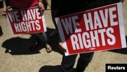 非法移民一直爭取權益