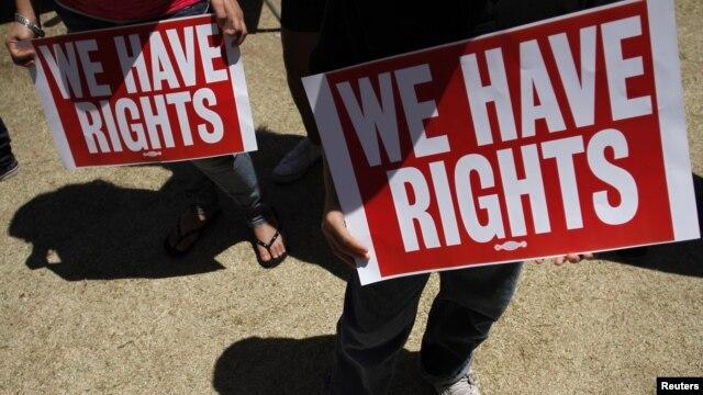 Biểu tình kêu gọi cải cách luật di trú tại bang Arizona.