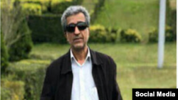 کمال جعفری یزدی، یکی از امضاکنندگان درخواست استعفای خامنهای بود.