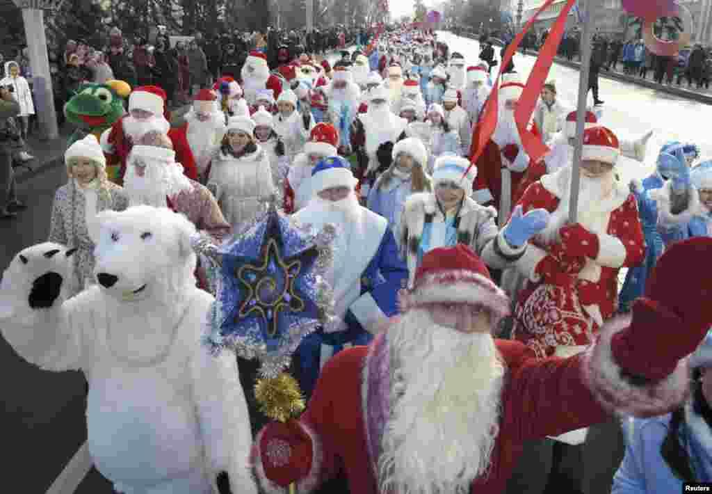 Мир встретил Рождество