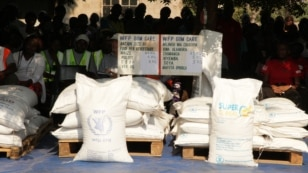 Food items lined up for distribution to the needy. (L. Masina/VOA)