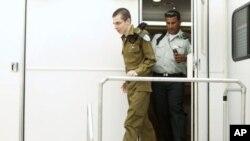 以色列军人吉拉德·沙利特10月18日获释