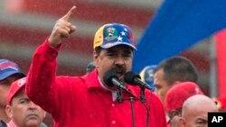"""El presidente Maduro ya había descalificado a Almagro como """"almugre"""" en otras ocasiones, pero ahora también lo llamó """"bandido"""" y """"traidor""""."""