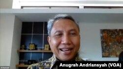 Guru Besar UIN Syarif Hidayatullah Jakarta, Ali Munhanif, dalam acara rilis survei Saiful Mujani Research and Consulting (SMRC), Selasa 6 April 2021. (Foto:VOA/Anugrah Andriansyah)