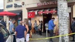 5 Kasım 2020 - California'nın Beverly Hills kentinde, Ermeni yanlısı ifadeler sarfeden bir grup saldırganın hedef aldığı Cafe Istanbul