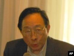 熊玠 紐約大學政治學教授