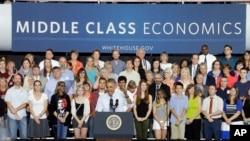 바락 오바마 미국 대통령이 2일 위스콘신대학에서 경제 정책 등에 관해 연설했다.