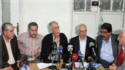مخالفان دولت سوریه در دمشق از اسد خواستار متوقف کردن سرکوبی ها شدند