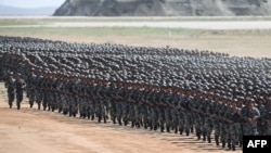 中國解放軍2017年在內蒙古演習。(資料照)