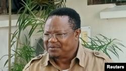 Makamu mwenyekiti wa chama cha upinznai Tanzania Chadema Tundu Lissu akizungumza na Reuters Octoba . 7, 2020.