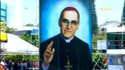 2015-05-24 美國之音視頻新聞:教宗追封被暗殺的薩爾瓦多總主教