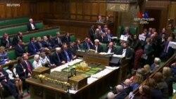 Մեծ Բրիտանիան քաղաքական ճգնաժամի եզրին է