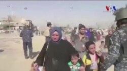 Musul'da İnsanlar Evlerini Terkediyor